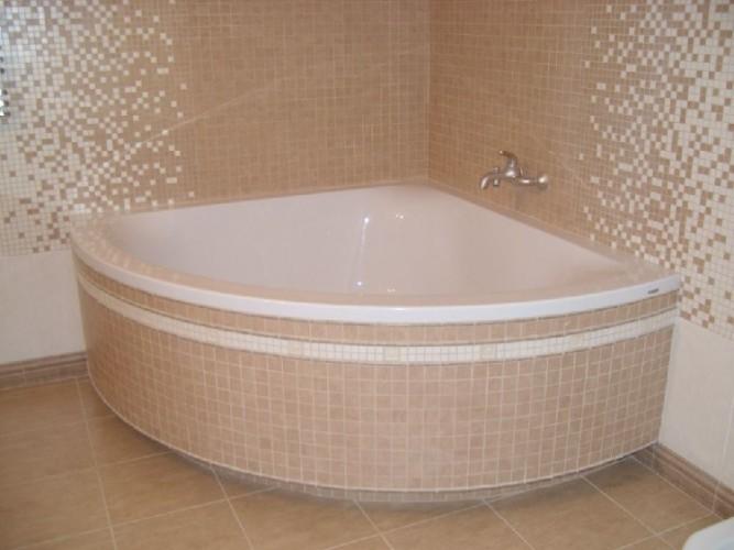 Экран в ванну из плитки раздвижной 190