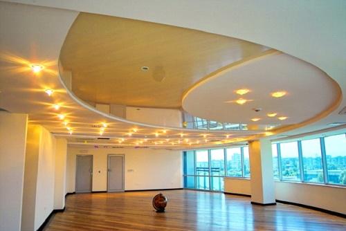 Внешний вид многоуровневого гипсокартонного потолка