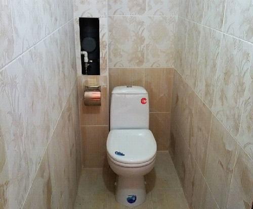 Туалет с коробом