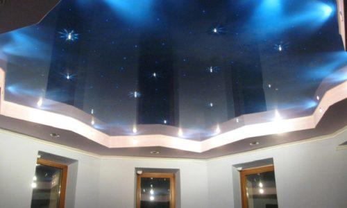 Натяжной потолок к гипсокартонным стенам