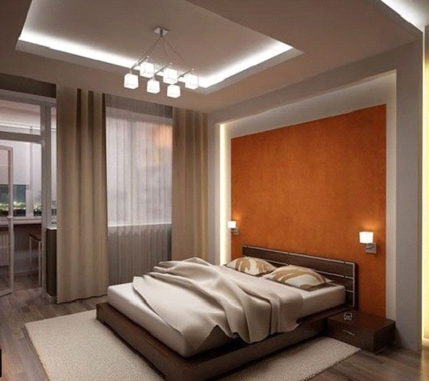 Квадратный потолок в спальне